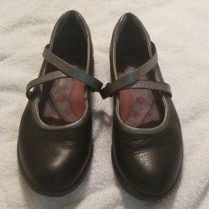 Aravon New Balance Mary Jane 8.5aa black silver